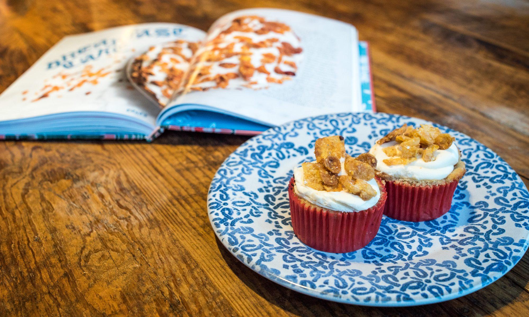 This Vegan Breakfast Cake Tastes Like a Bowl of Cornflakes
