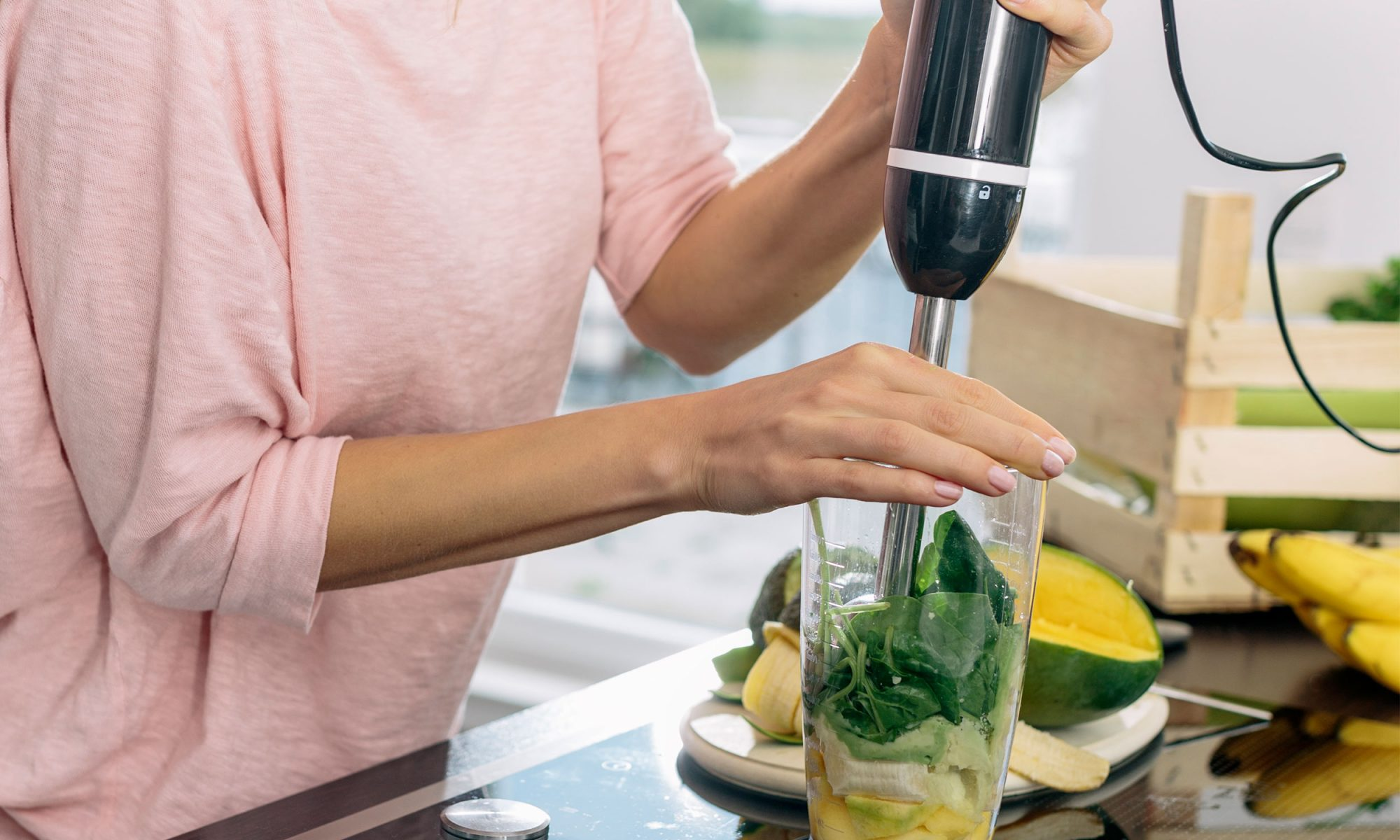 EC: Make Smoothies with an Immersion Blender and Wash Fewer Dishes
