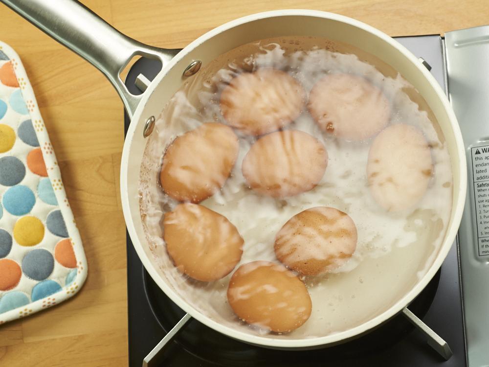 Simmering Eggs