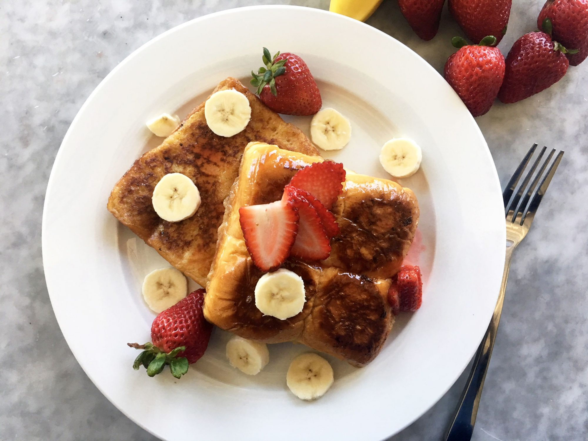 Copycat IHOP Strawberry Banana King's Hawaiian Sweet Bread French Toast
