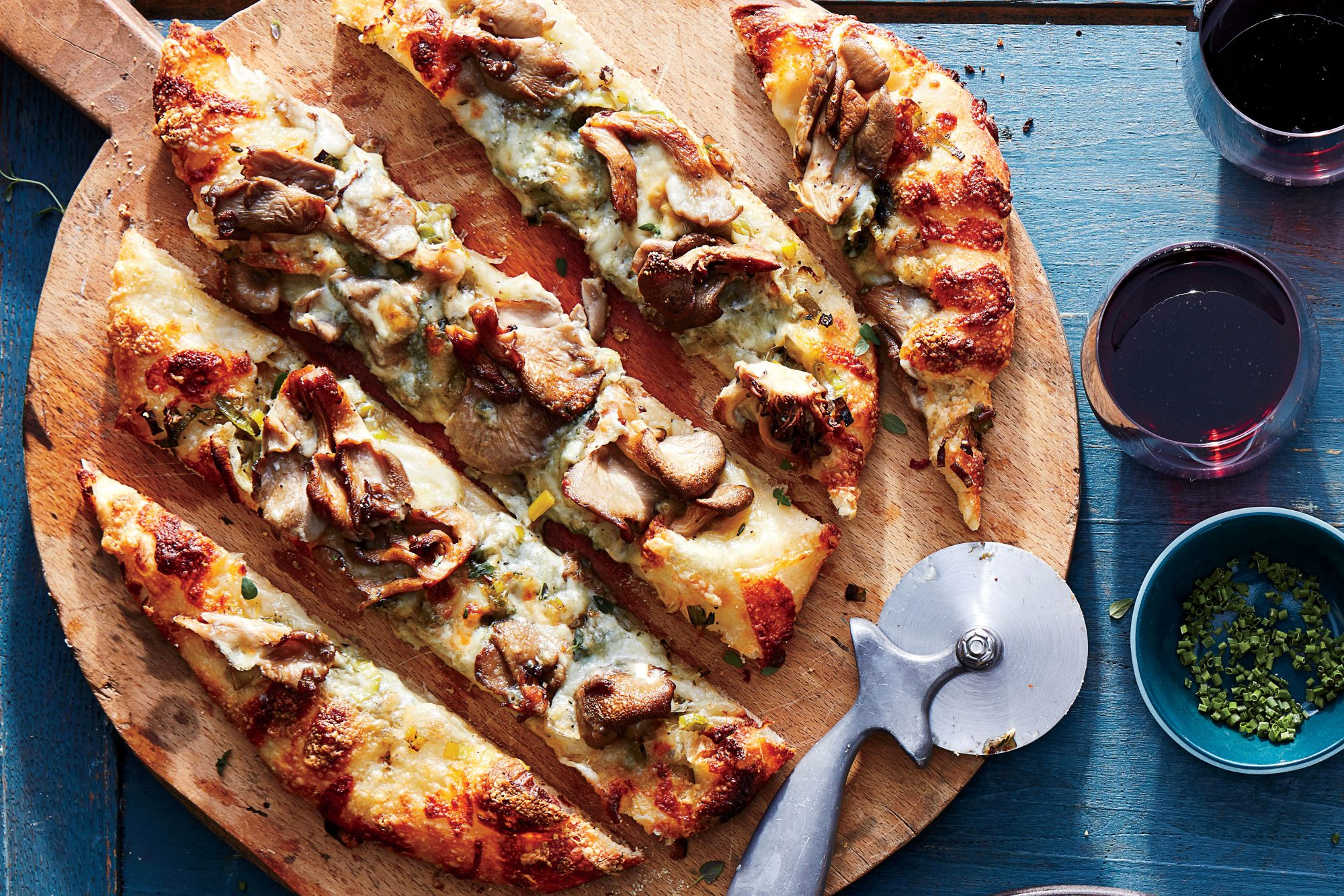White Pizza with Oyster Mushrooms and Gorgonzola