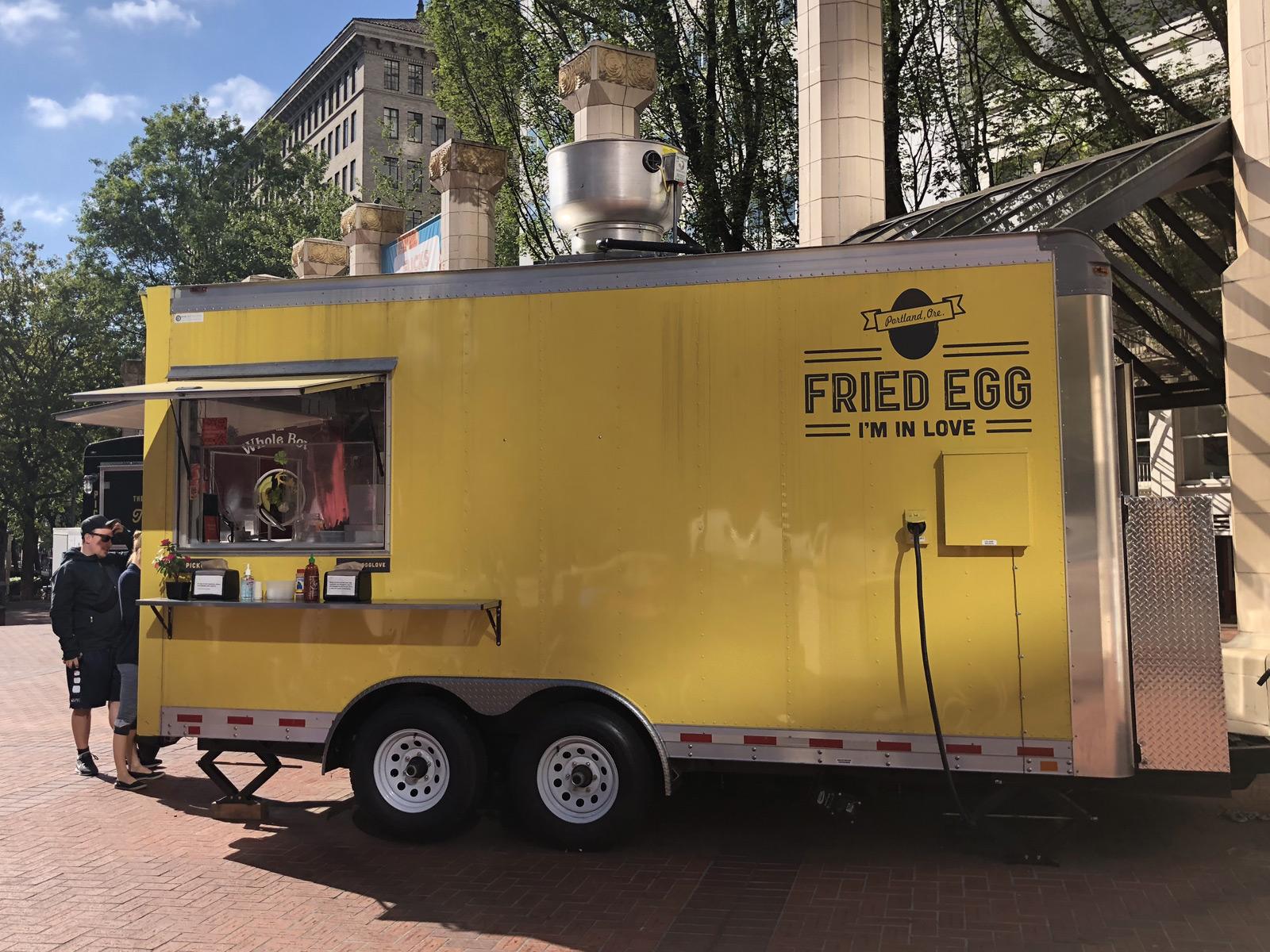 fried-egg-truck.jpg