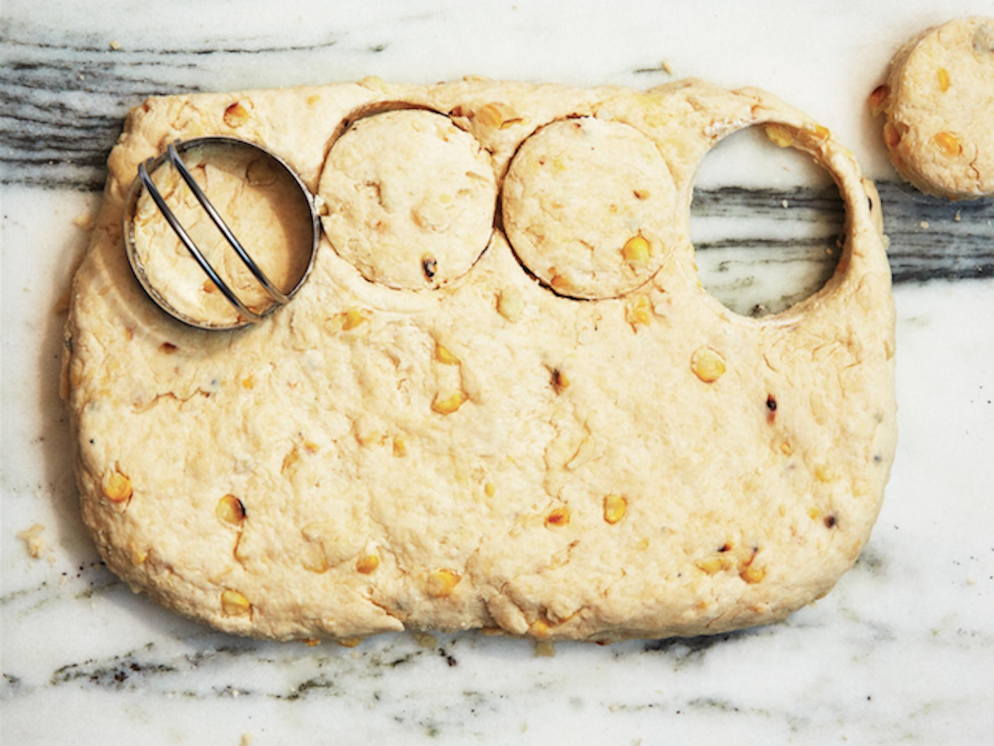 bong-appetit-corn-biscuit