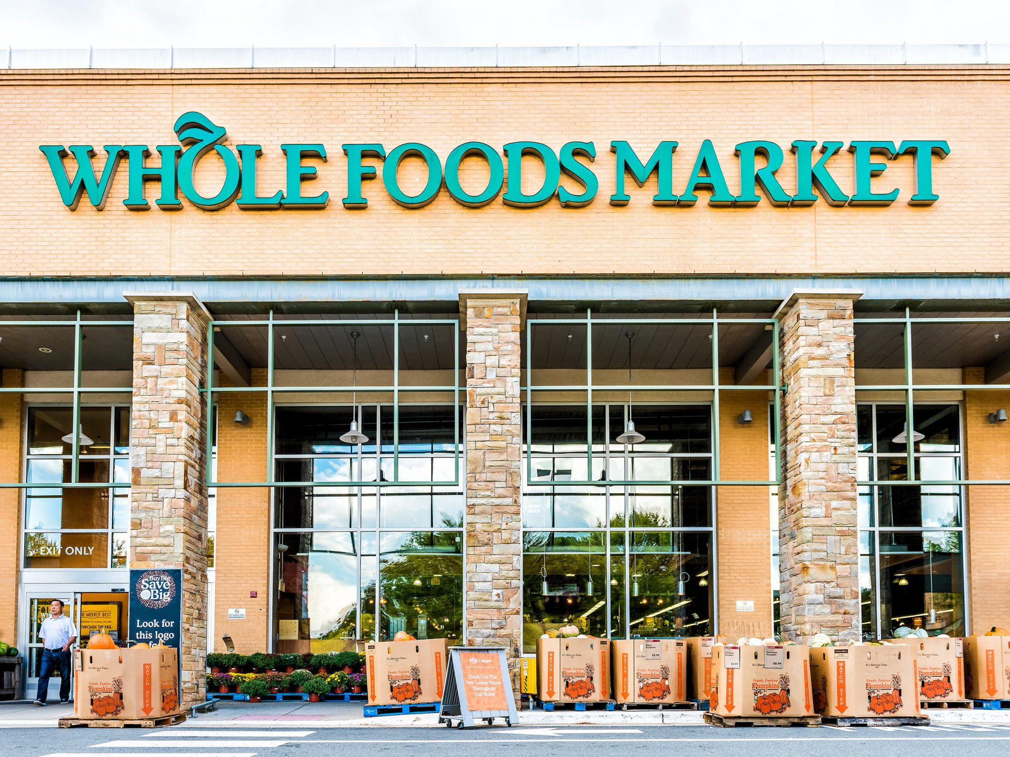 This Is the Most Affordable Supermarket to Shop for Thanksgiving This Year 1809w-Whole-Foods-Market