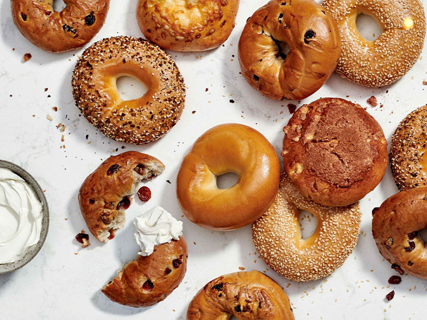 Twitter Won't Stop Dunking on Those 'St. Louis Style' Bagels