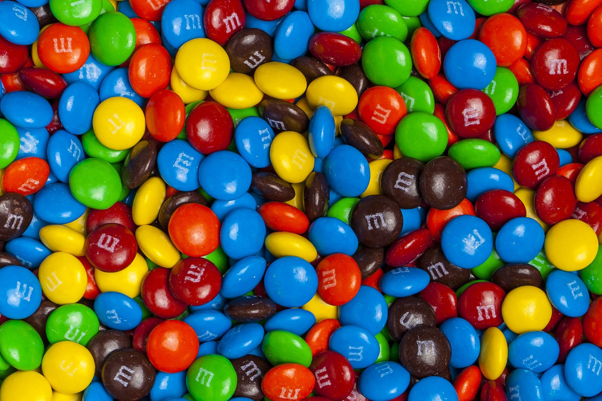 Mars Wrigley Is Hiring a Summer Intern That Will Get Paid to Eat Candy