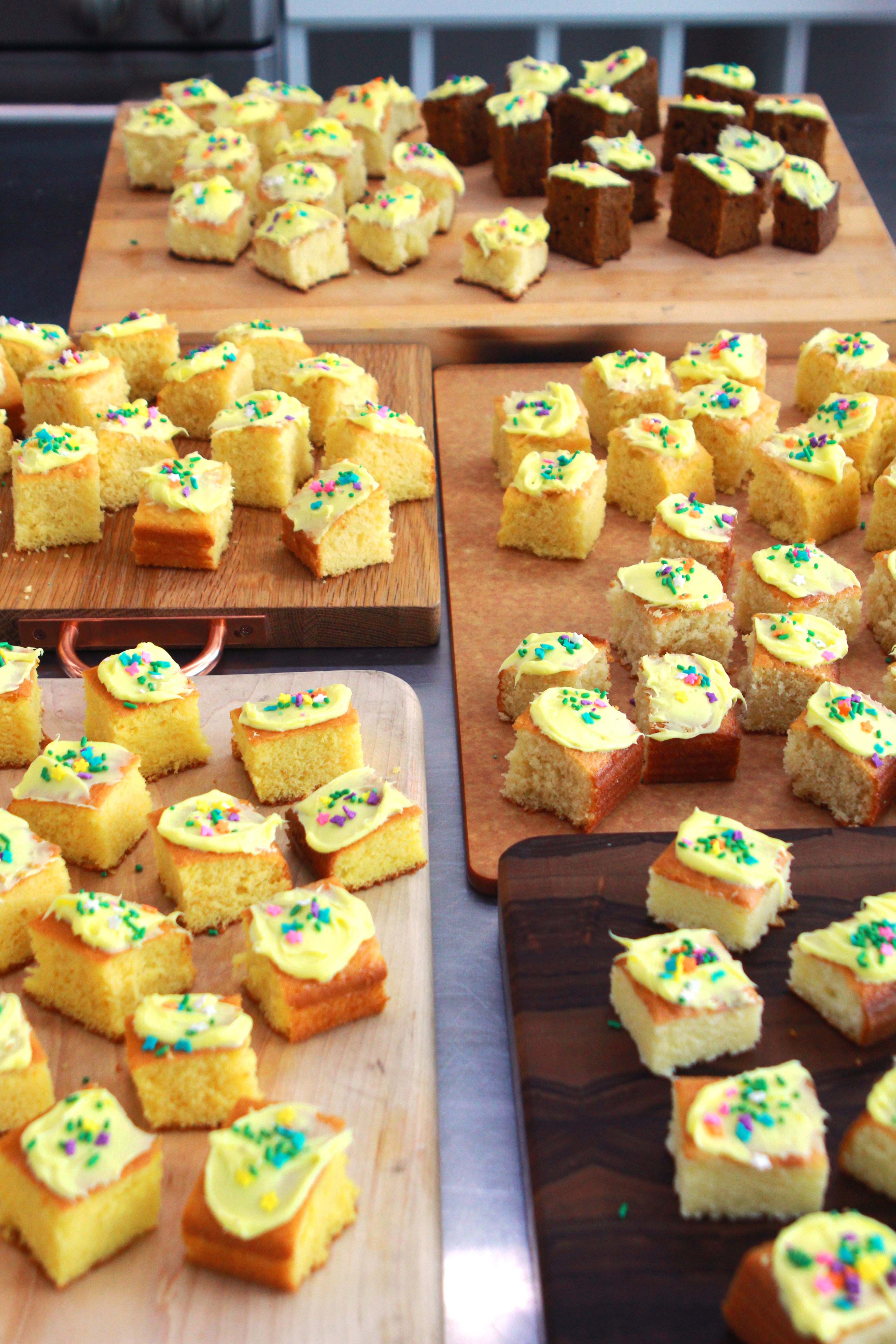 yellow cake table