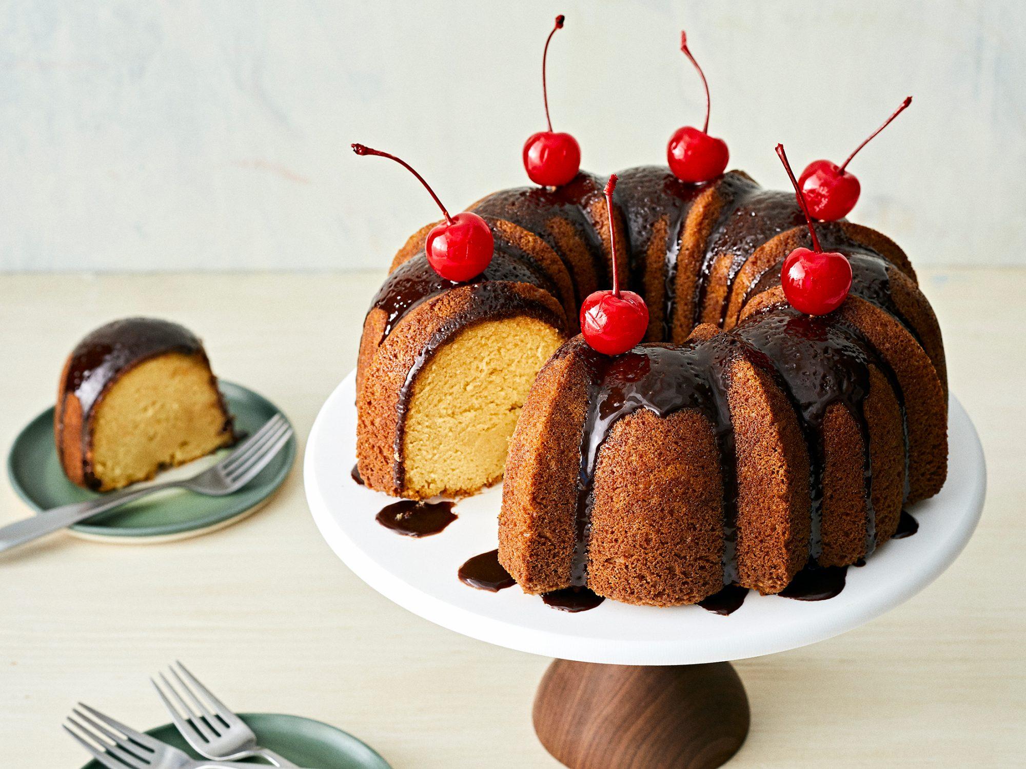Mudslide Cake image