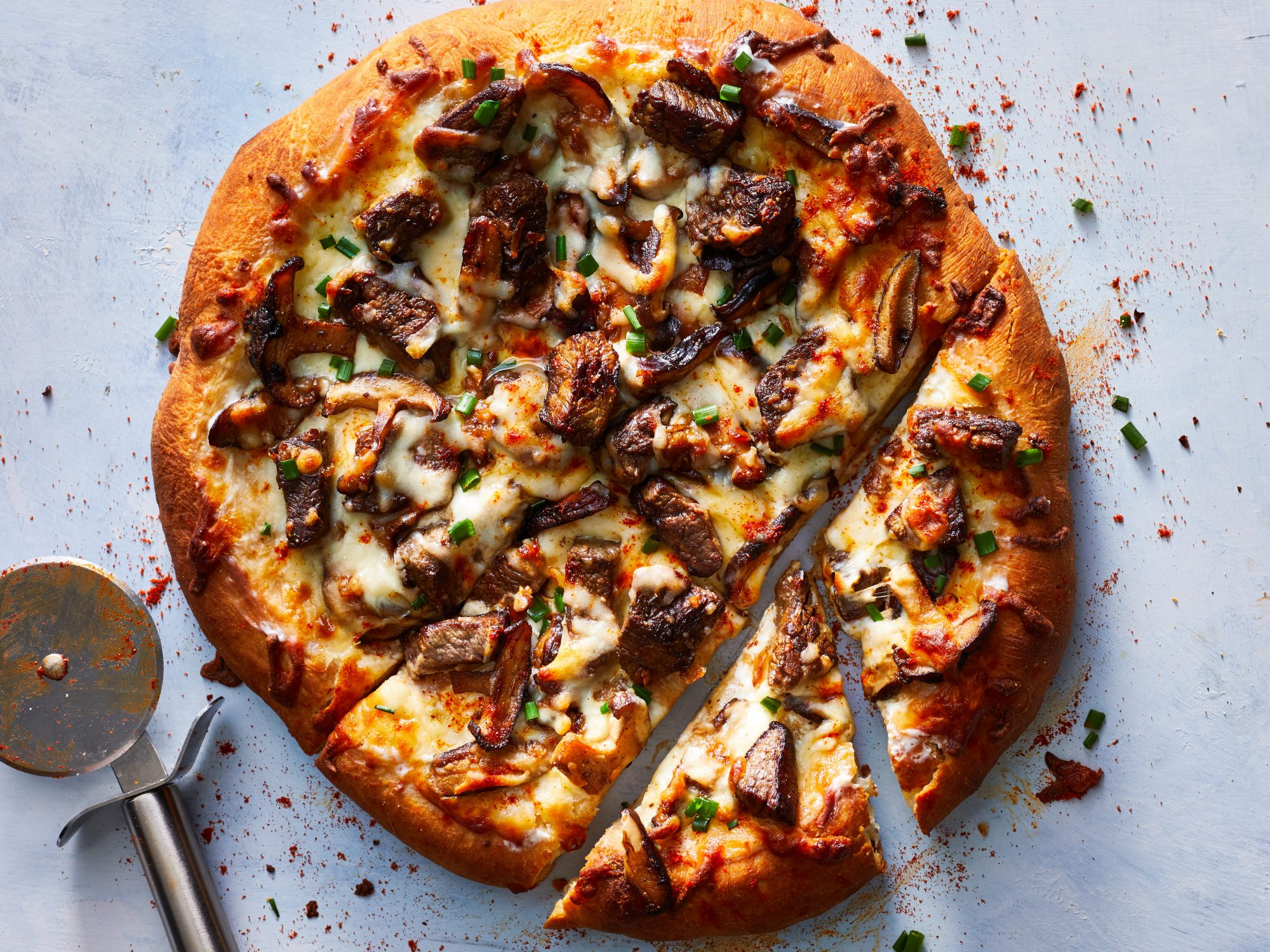 mr-beef stroganoff pizza image