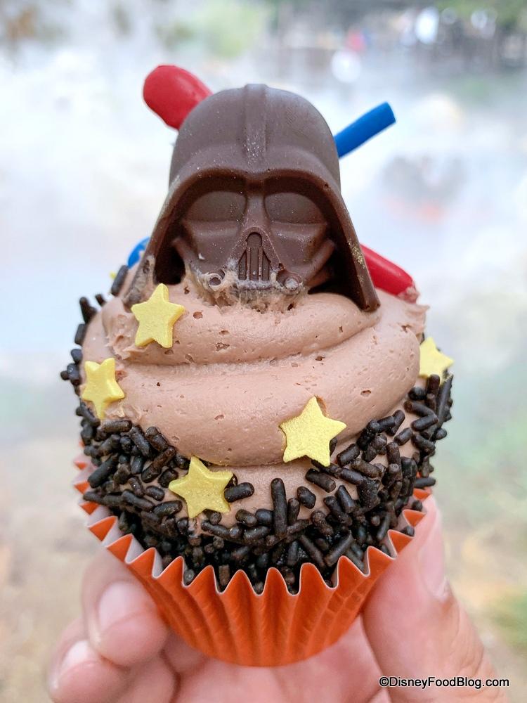 Star-Wars-Cupcake-3.jpg