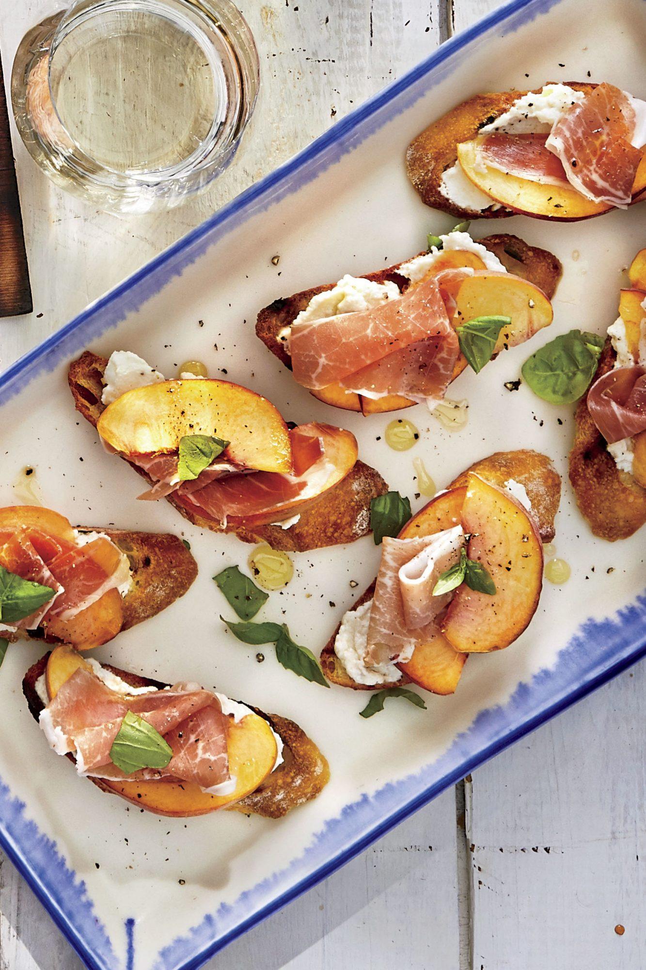 Peach-Ricotta-Prosciutto Toasts