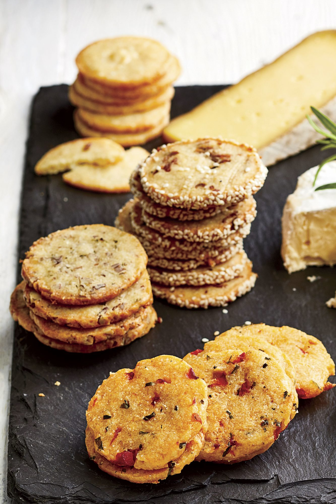 Cheddar Cheese Shortbread Crackers
