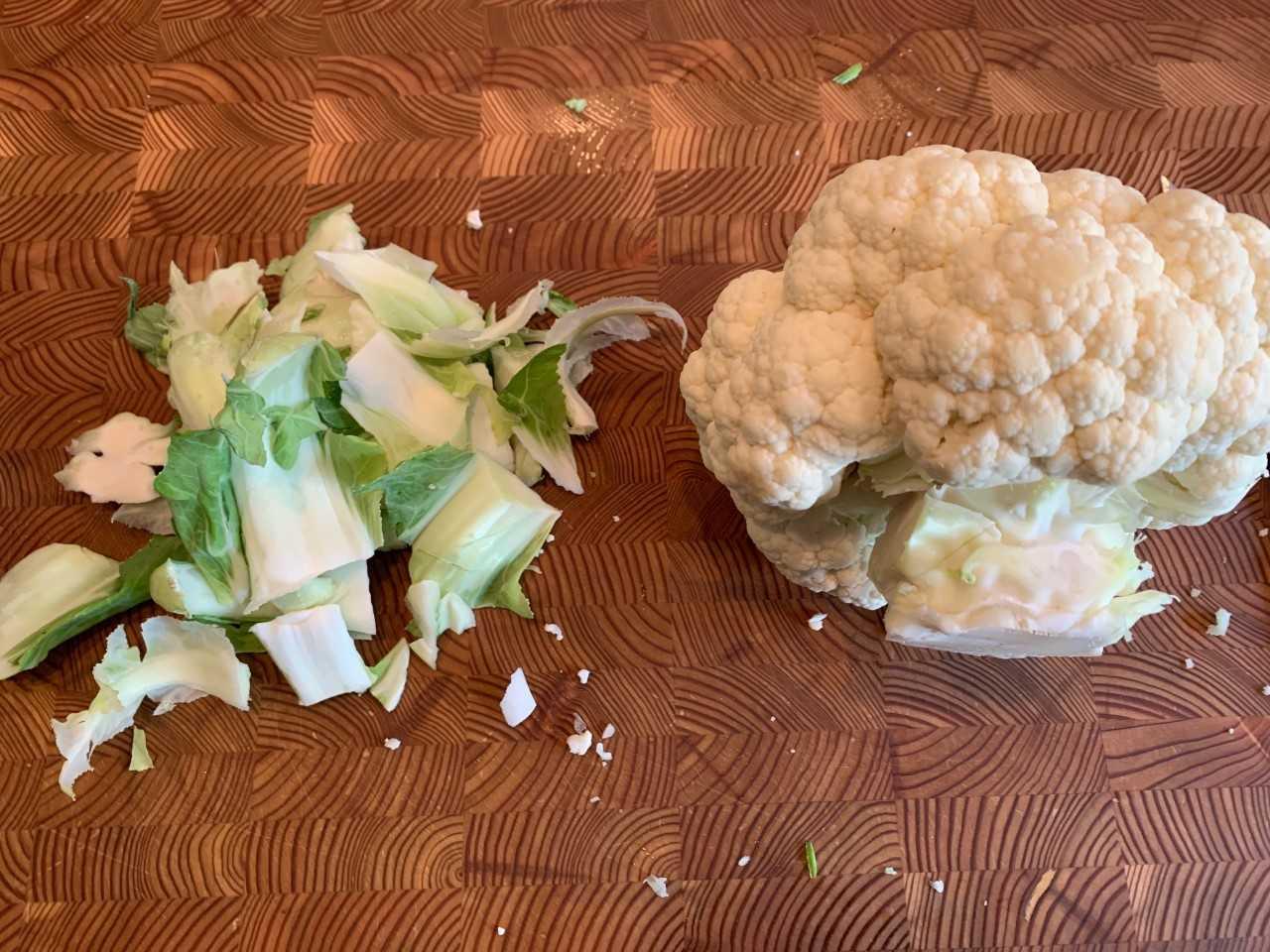cauliflower-cleaning
