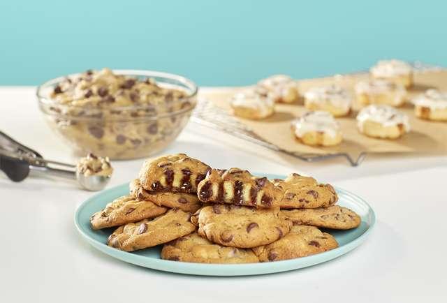 Cinnabon Cookie BonBite Full Image