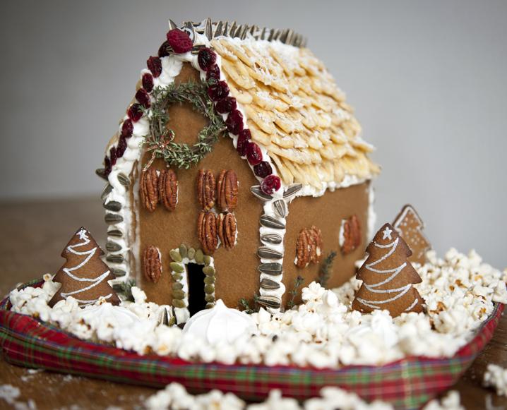 GingerbreadHouse_LizClayman_1.jpg