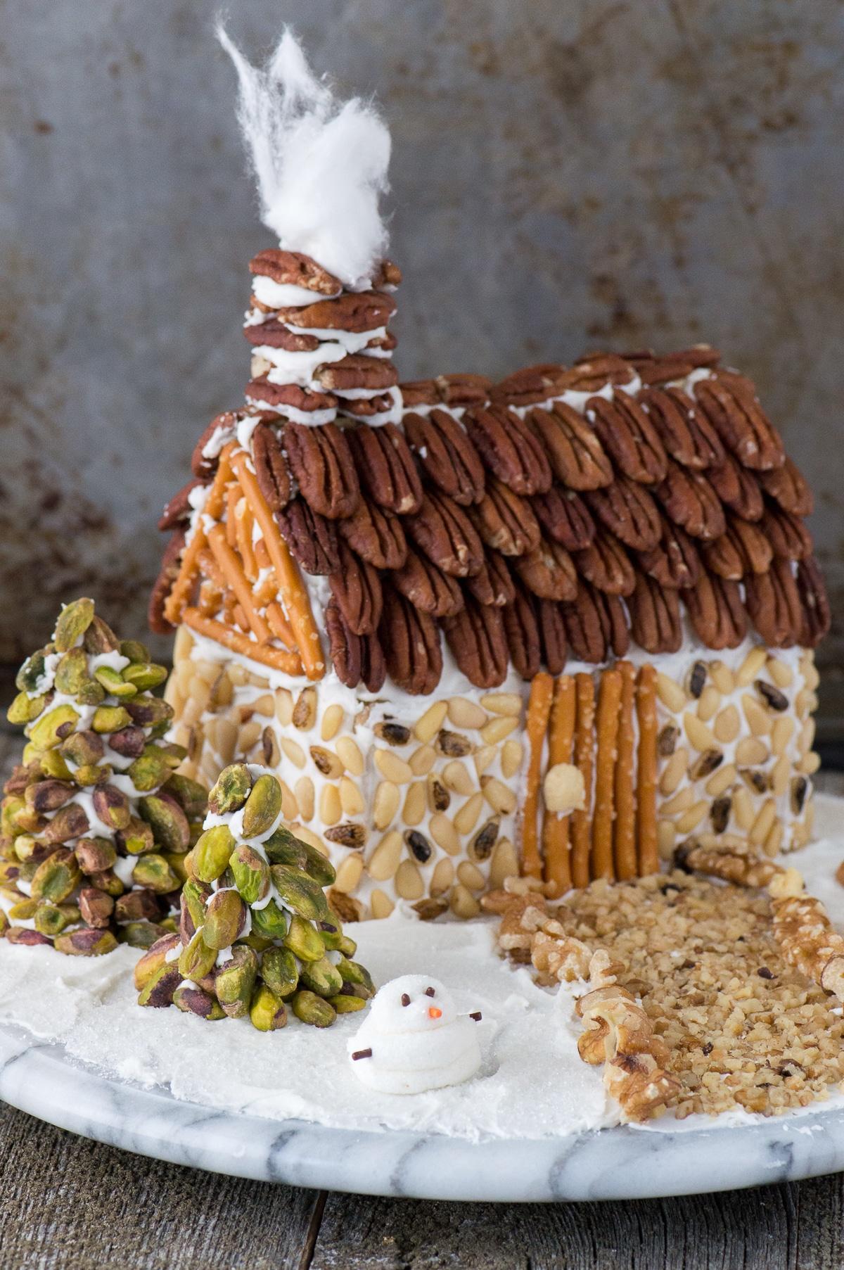 Nut-Gingerbread-House-27.jpg