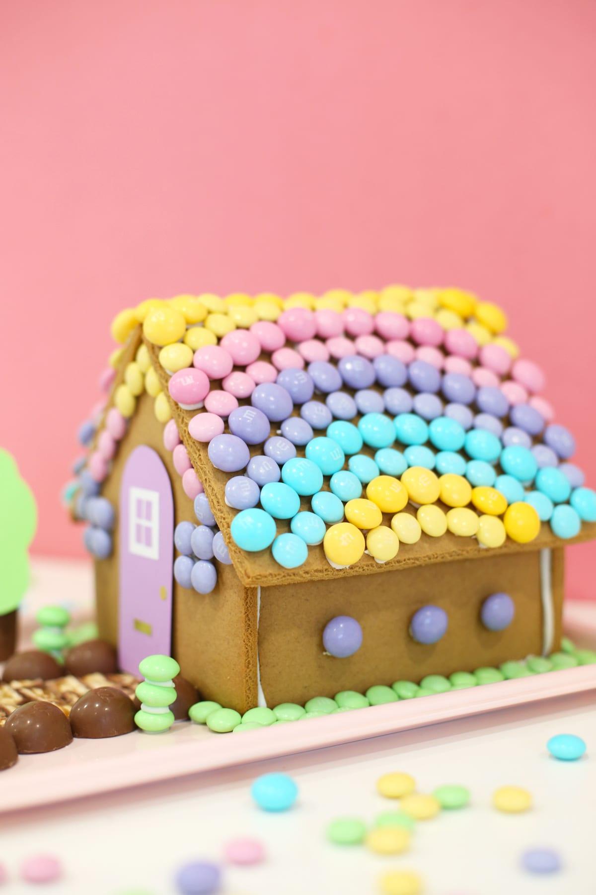 diy-easter-bunny-gingerbread-house-3.jpg