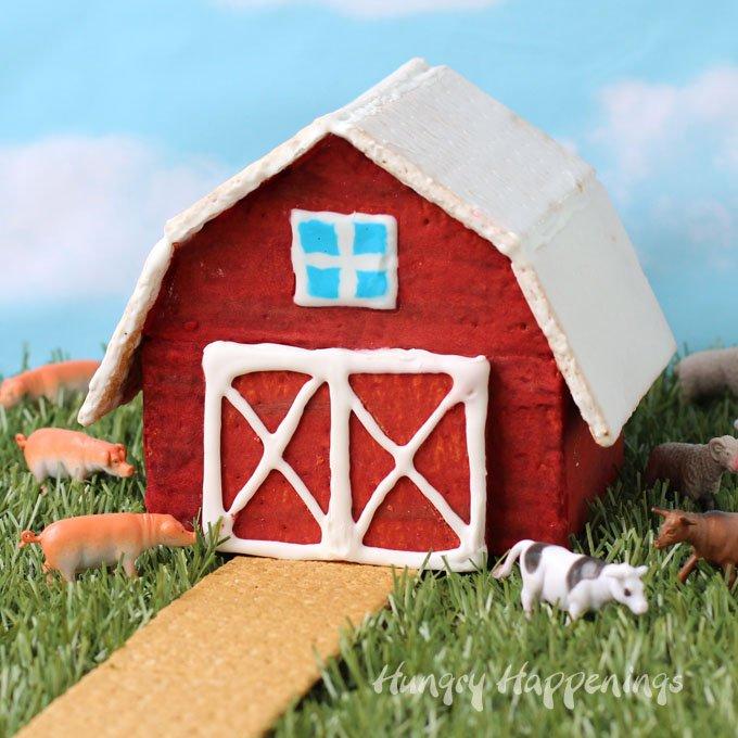 red-barn-graham-cracker-house.jpg