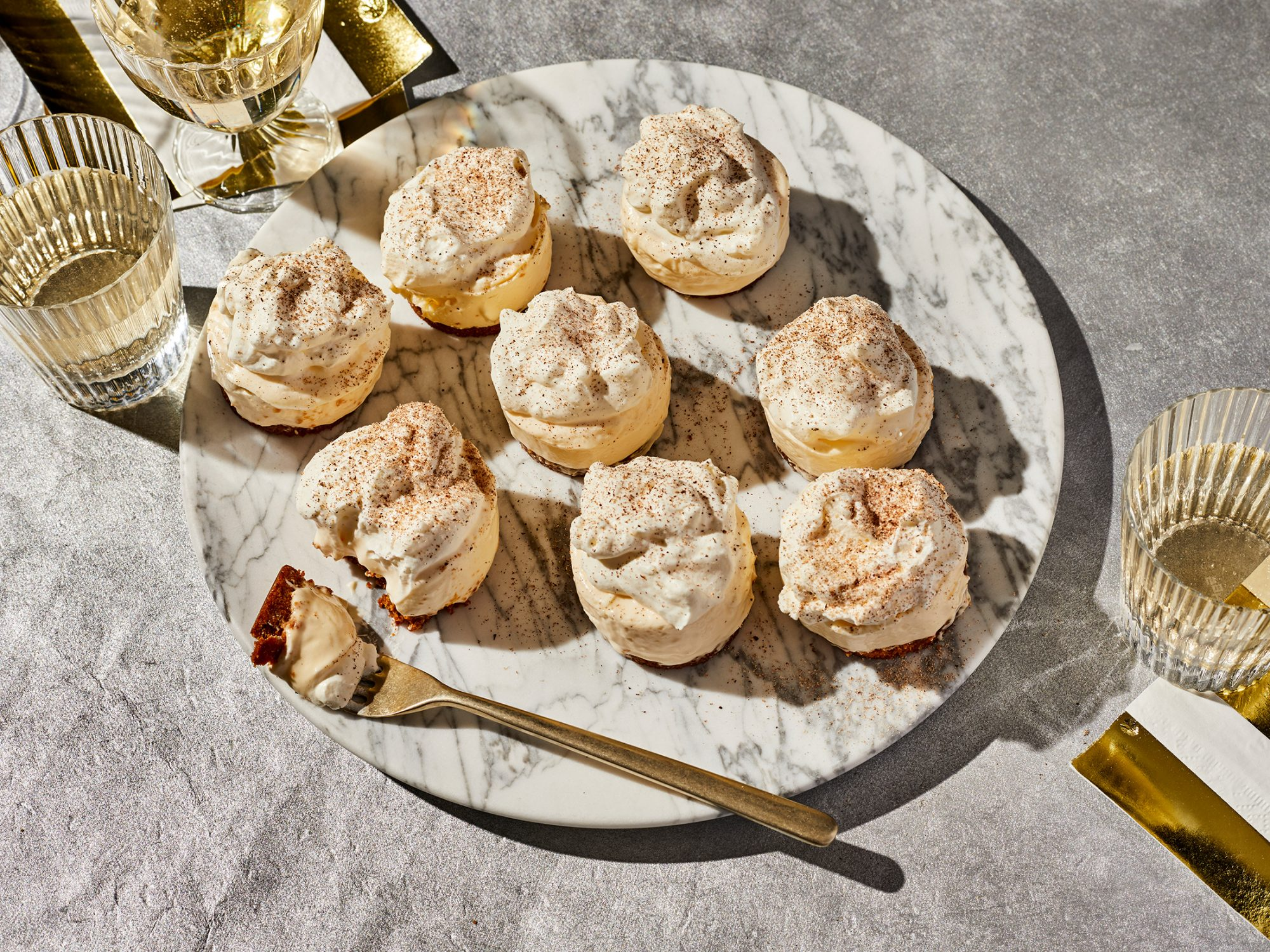 No-Bake Mini Eggnog Cheesecakes