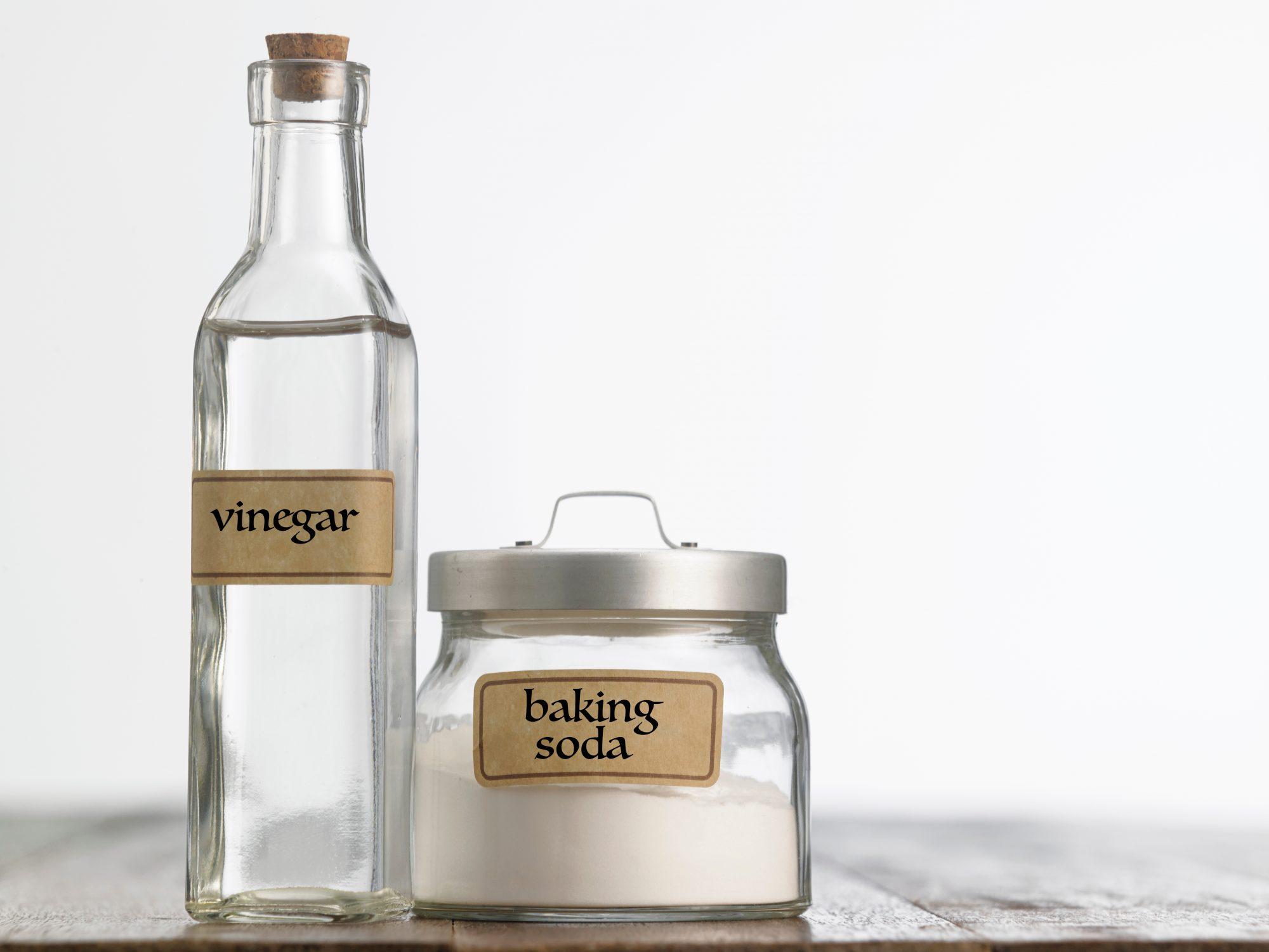 Vinegar and Baking Soda Getty 3/23/20