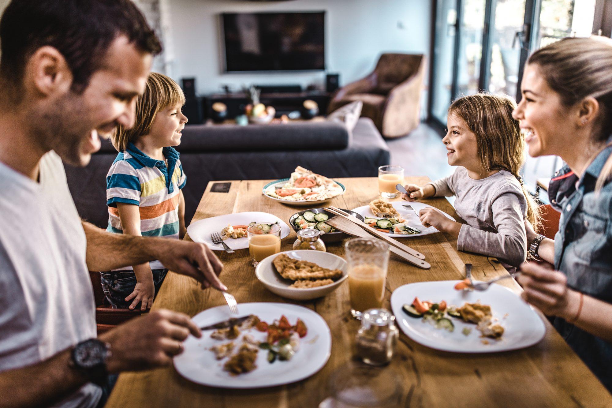 042120-Family Dinner