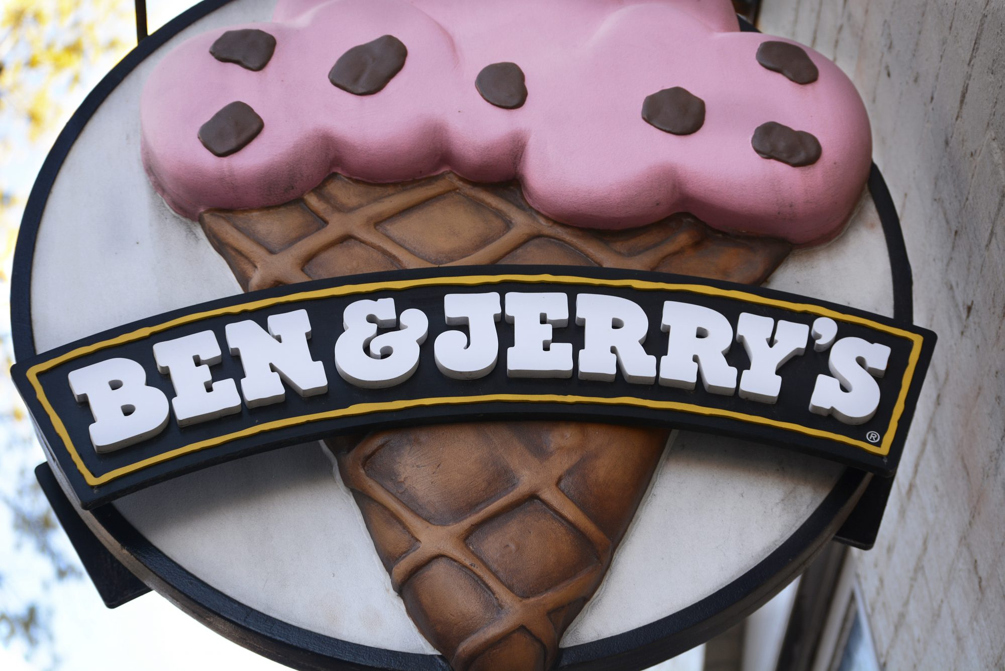 060520_Ben and Jerrys Sign
