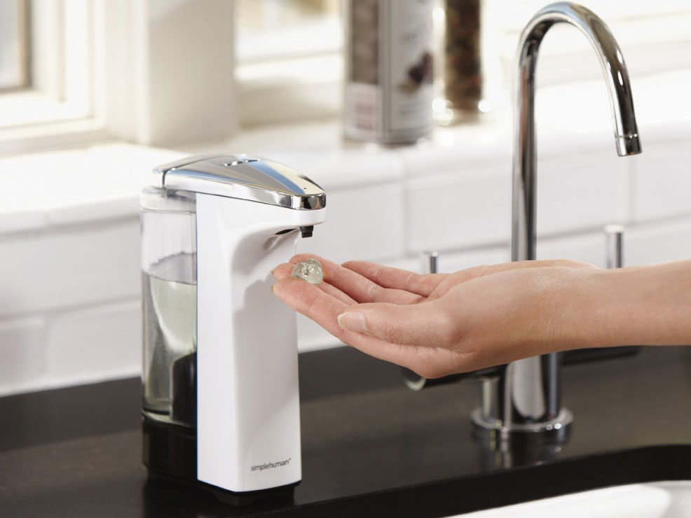 Hands-Free Soap Dispensers: Lifestyle Image