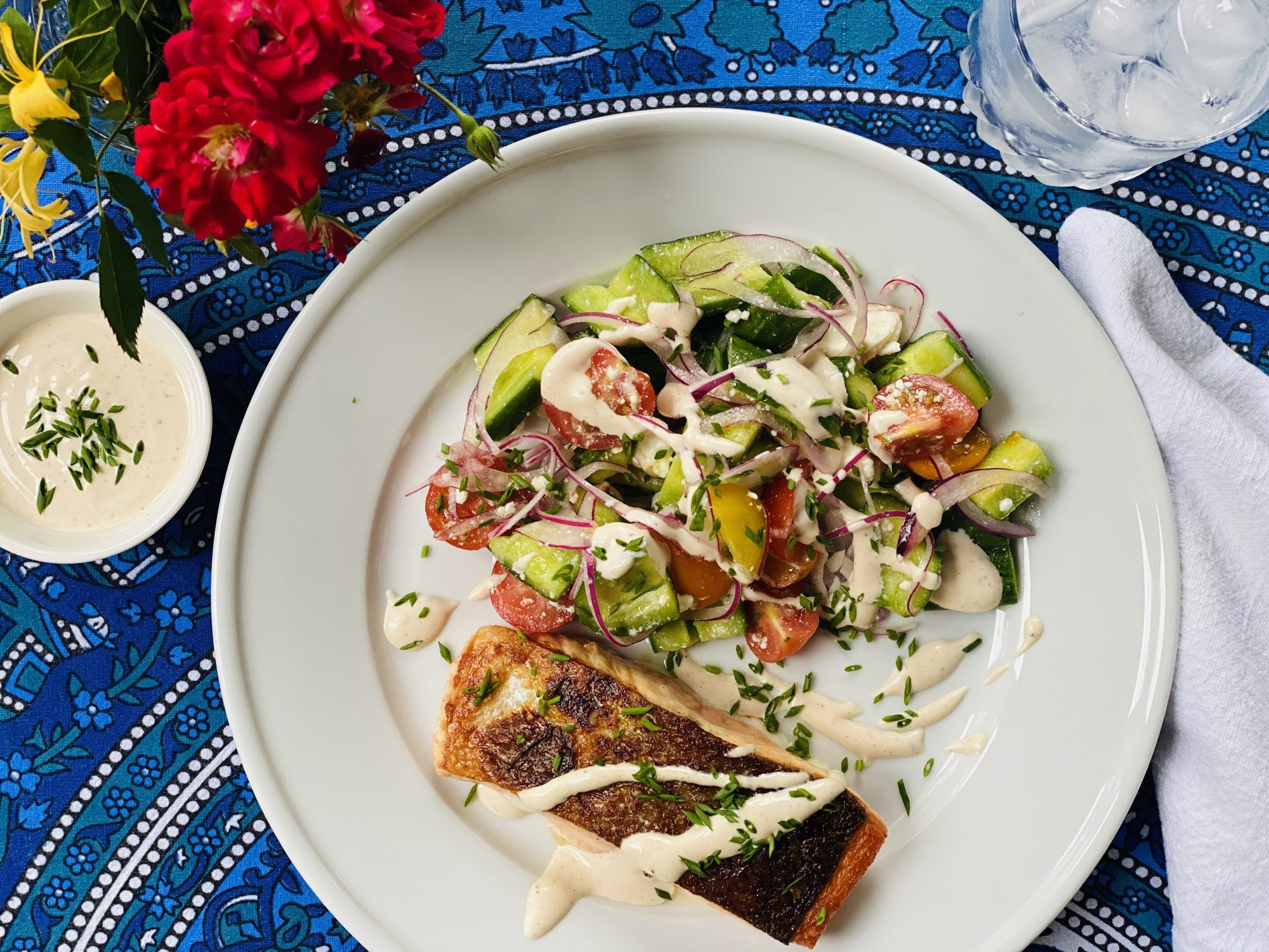 mr - Crispy Salmon With Cucumber-Tomato Salad and White Barbecue Sauce Image