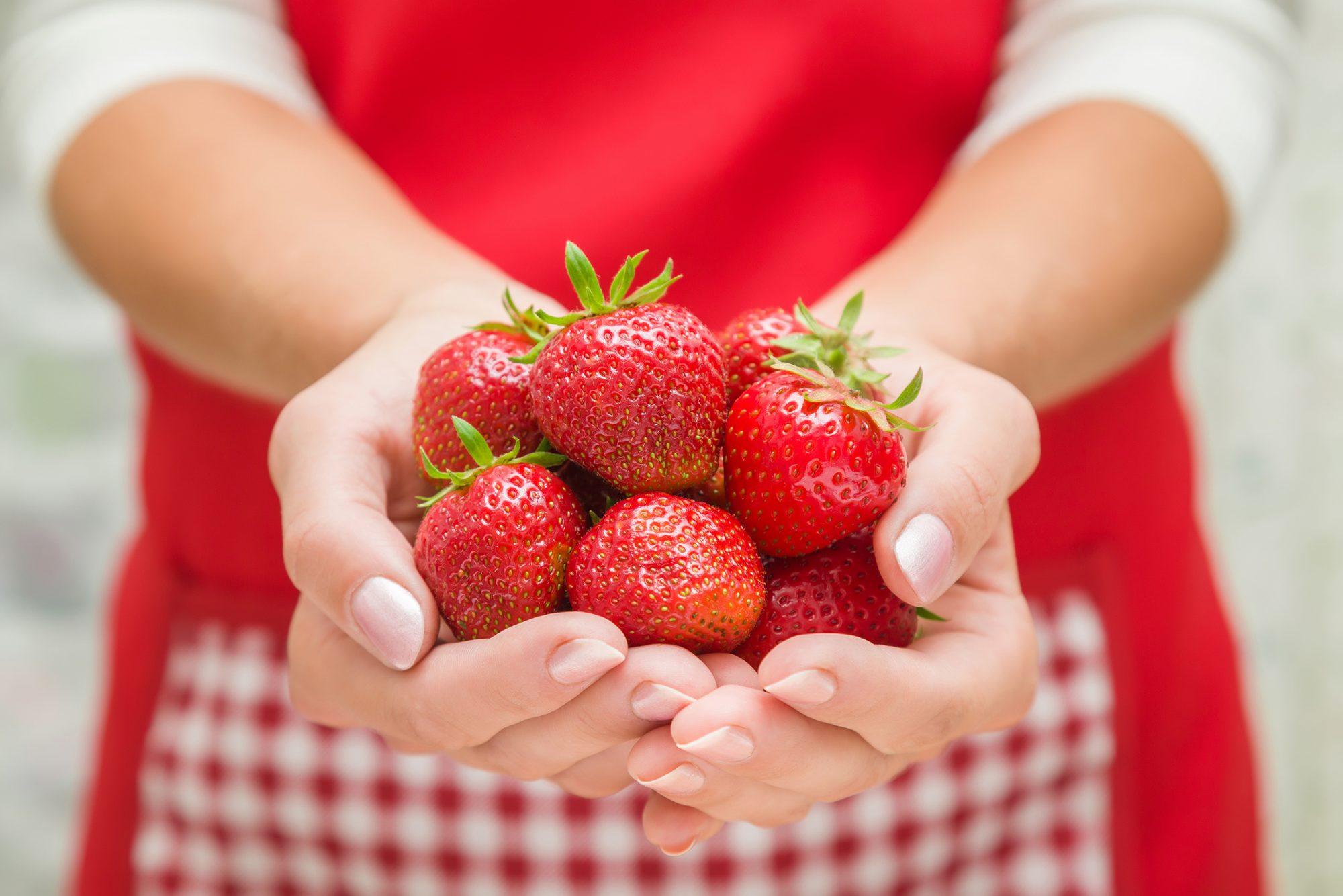 strawberries-for-shortcake-807770752.jpg