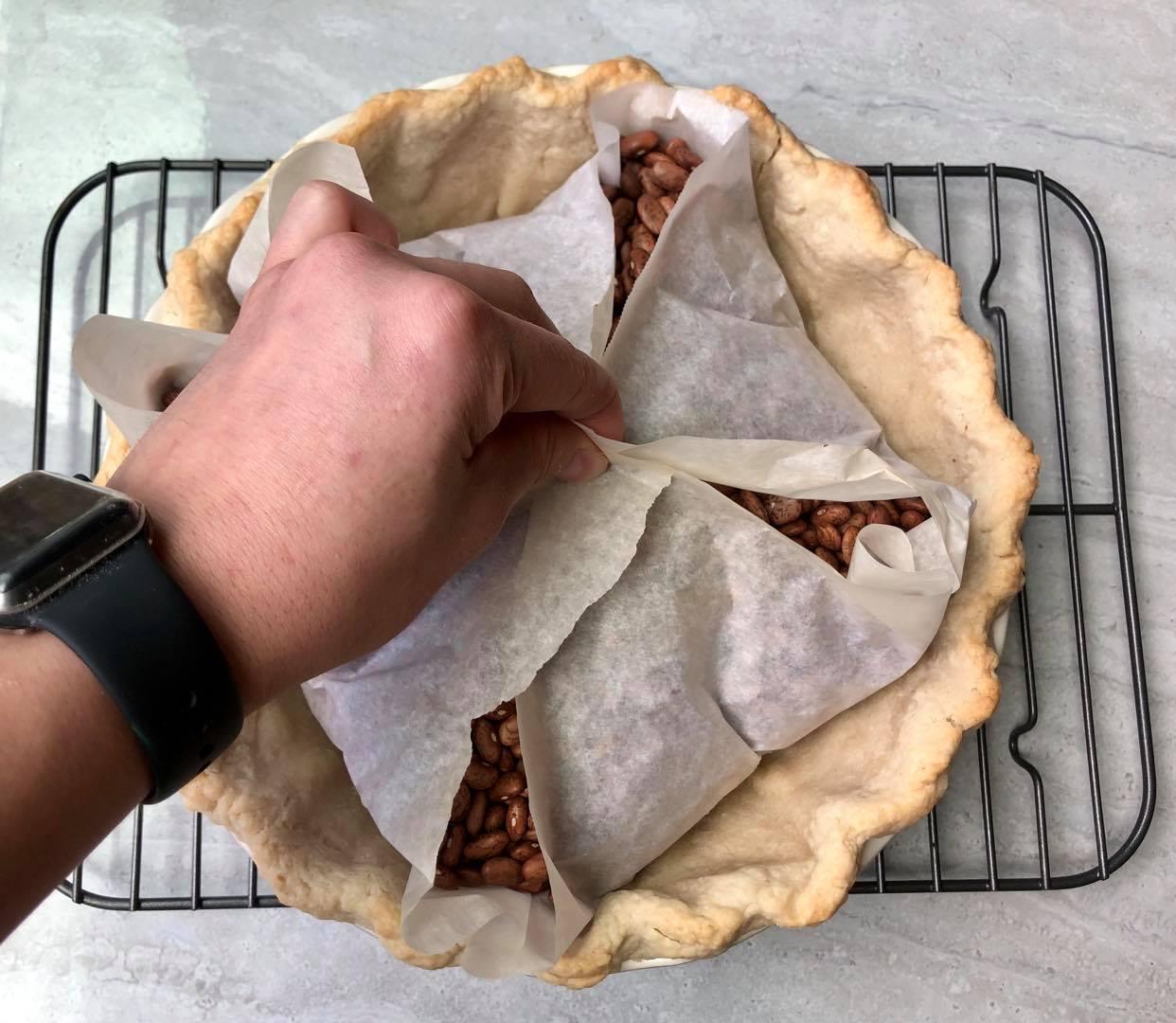 Blind Baking Pie Crust 4