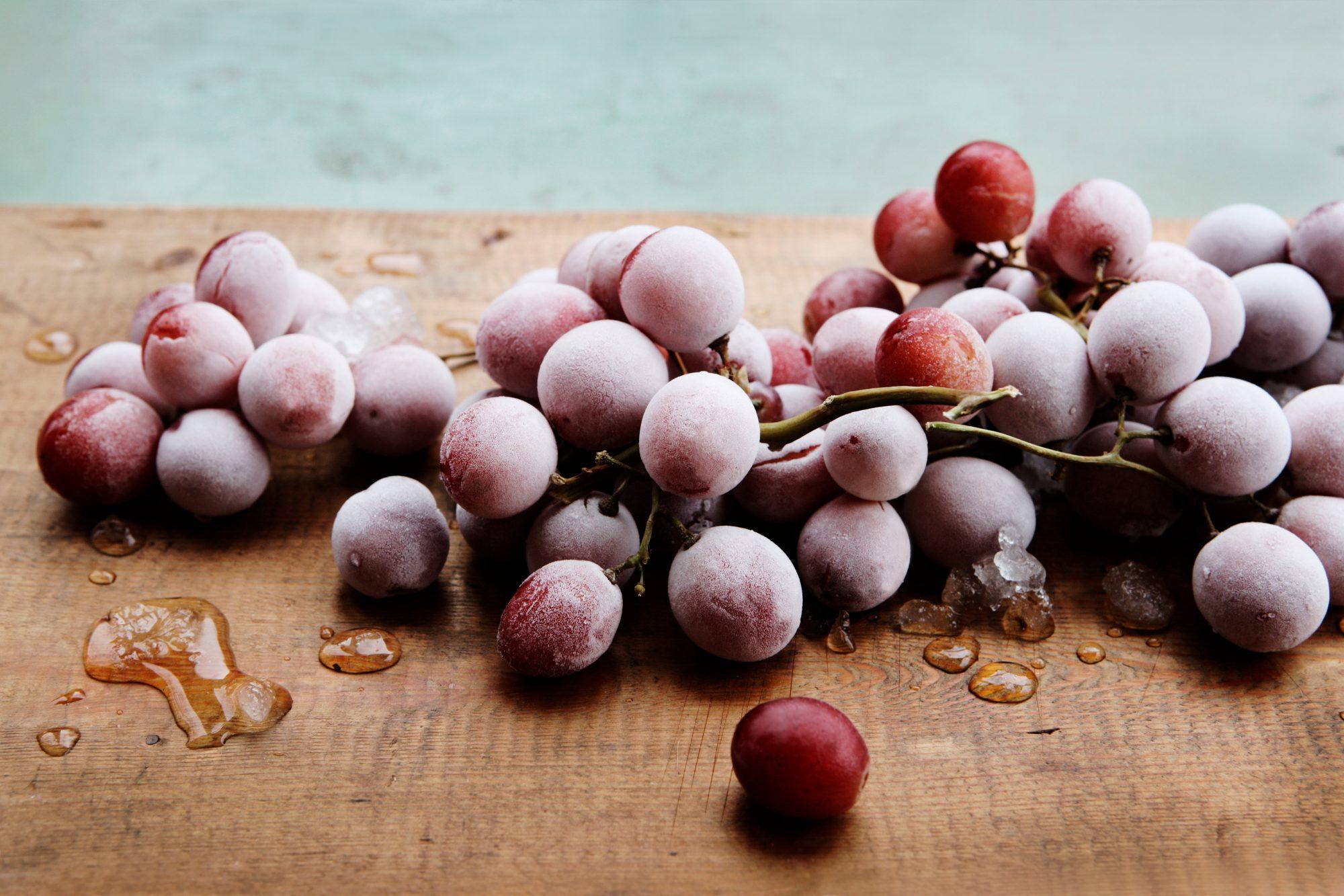 Frozen grapes tout Getty 8/25/20