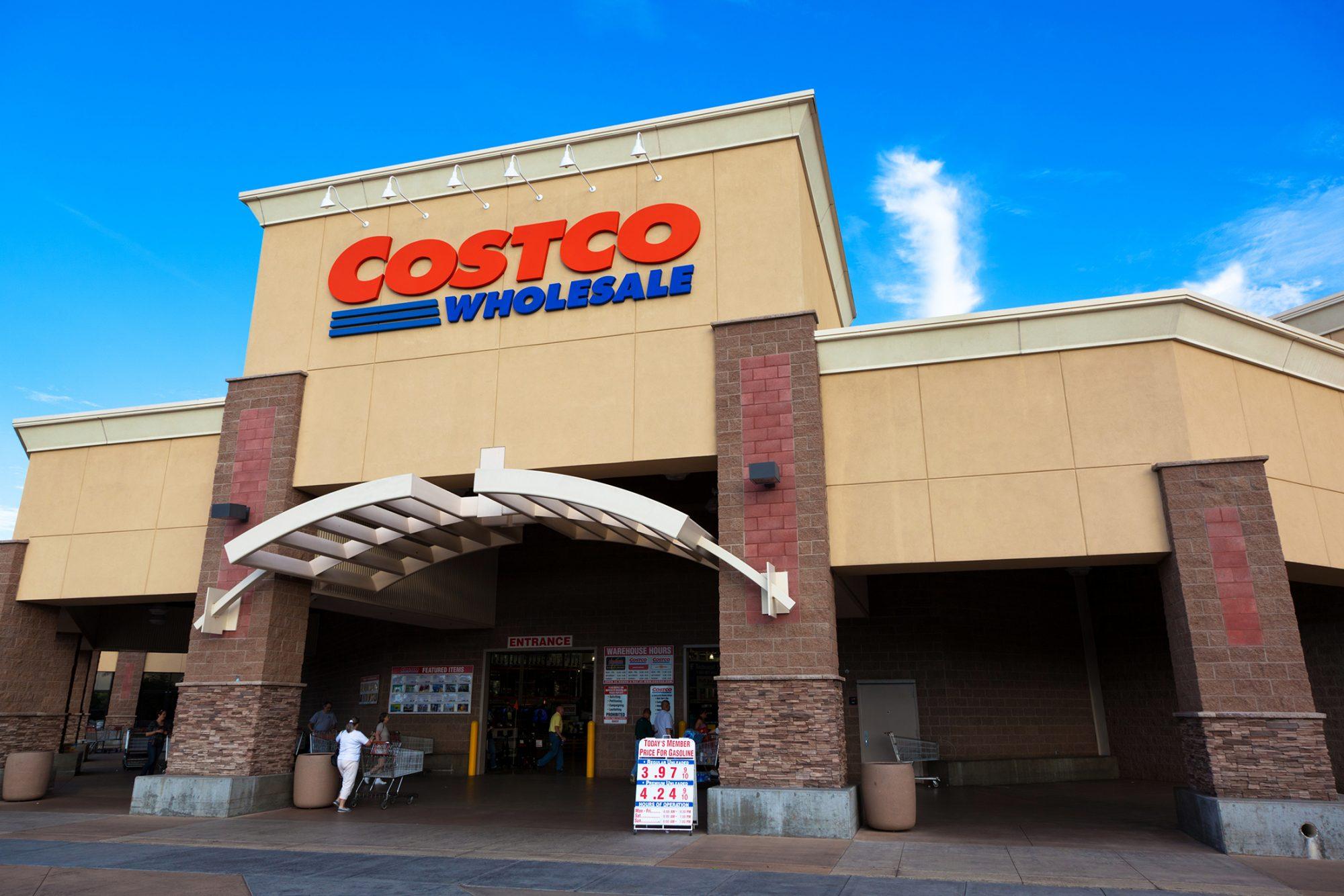 costco-entrance-458589277.jpg