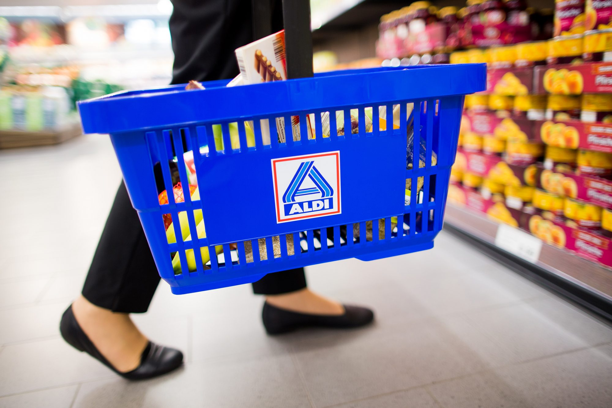 aldi-basket-1038007424.jpg