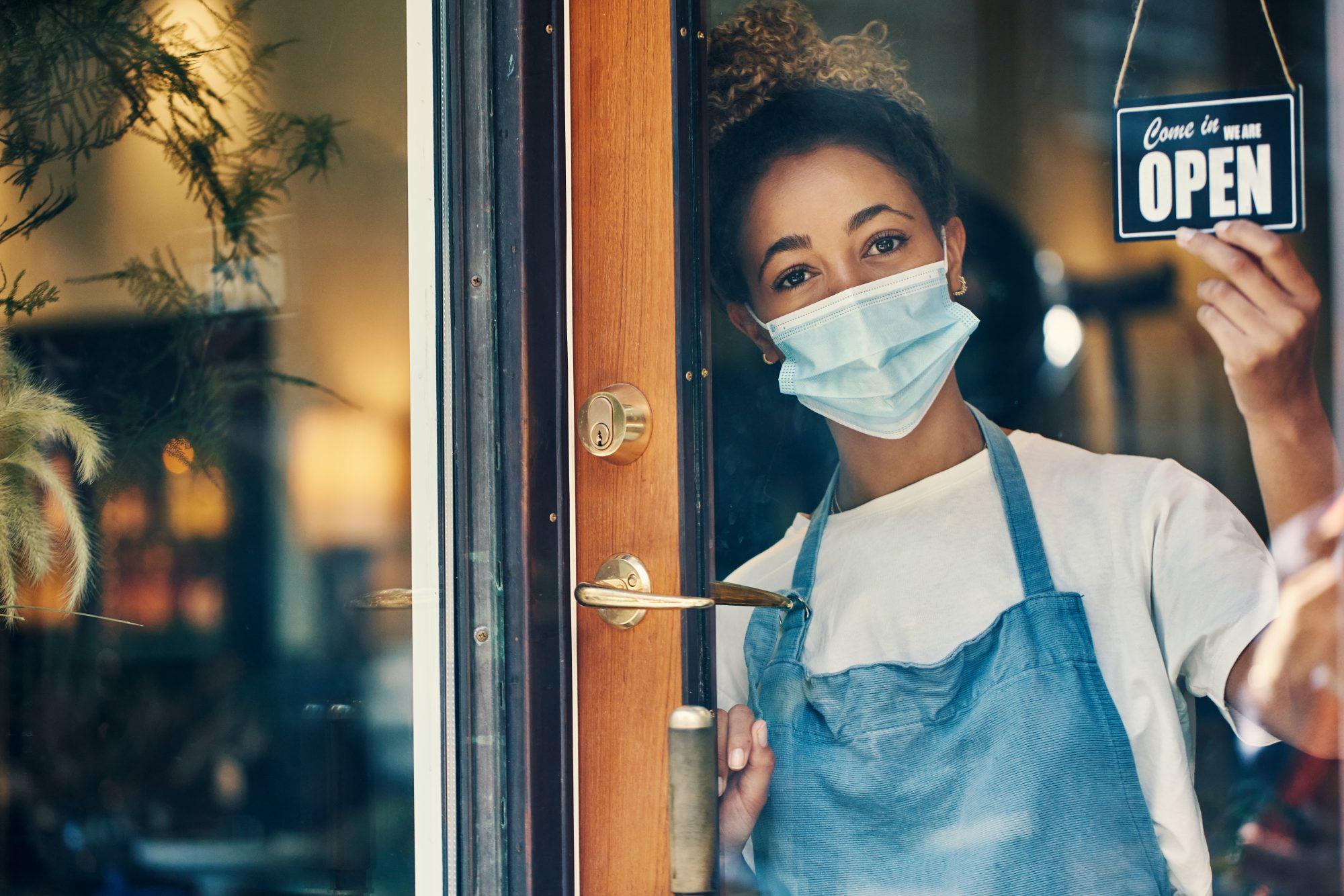 pandemic-restaurant-open-1272761182.jpg