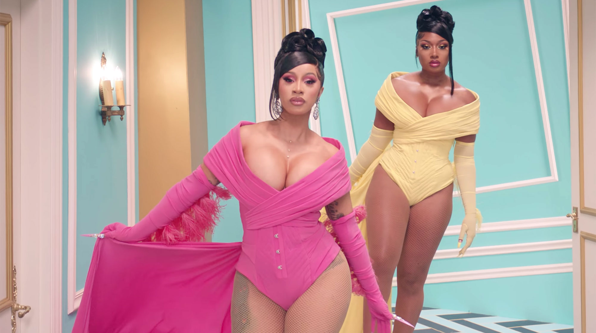 Cardi B - WAP feat. Megan Thee Stallion [Official Music Video]