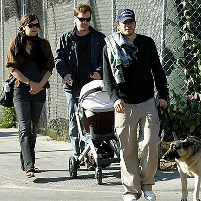 THE FAMILY STROLL
