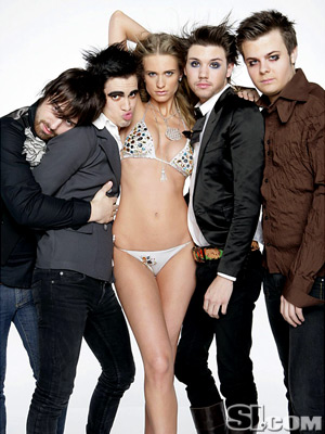 PANIC! AT THE DISCO & JULIE HENDERSON