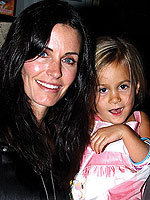 courteney_cox150.jpg