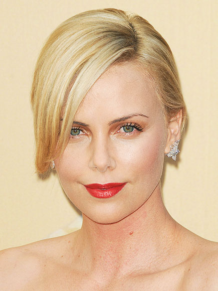 CHARLIZE'S ROSE LIPS
