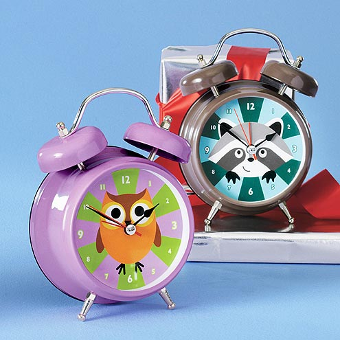 BEST FOR 6-YEARS-OLD AND UP: TALKING ALARM CLOCK
