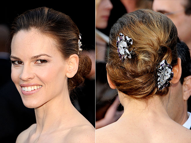 HILARY SWANK'S HAIR