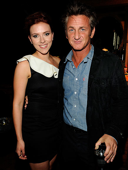CULVER CITY, CA - JUNE 4: Actors Scarlett Johansson (L) and Sean Penn are seen backstage at Spike TV's Guys Choice Awards 2011 at Sony Pictures Studios on June 4, 2011 in Culver City, California.