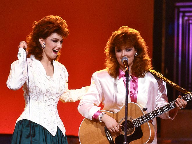 1986: THE JUDDS