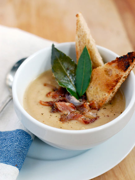ROASTED PARSNIP SOUP WITH BACON & SHALLOTS