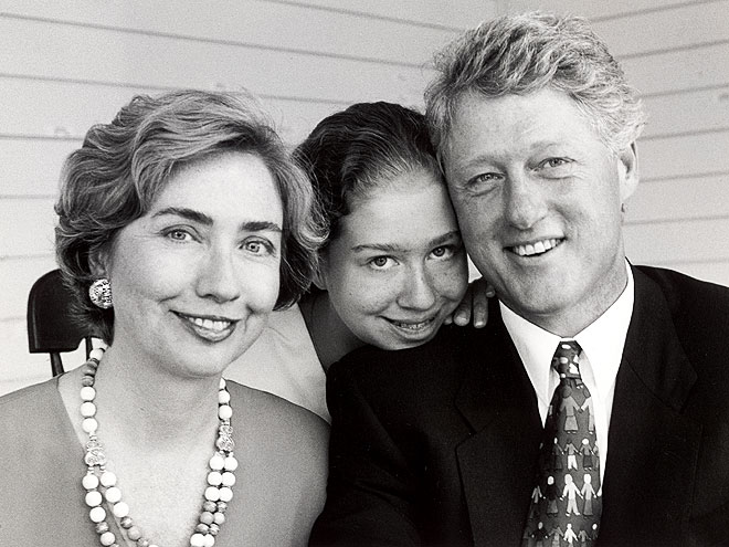 Portrait of President Bill Clinton, daughter Chelsea & wife Hillary Rodham Clinton taken on Martha's Vineyard.