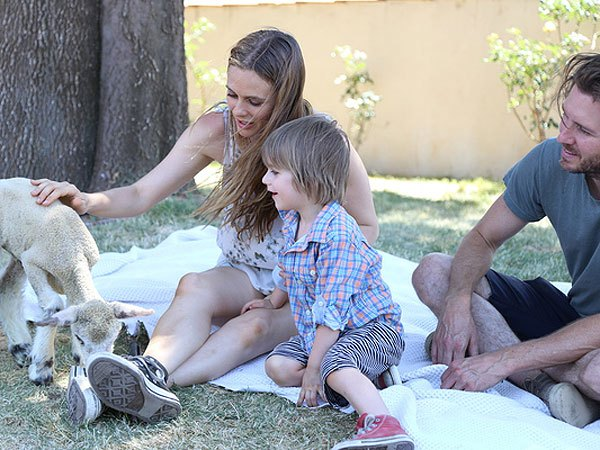 Alicia Silverstone Bear Blu Third Birthday