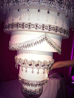Kaley Cuoco's Wedding Cake