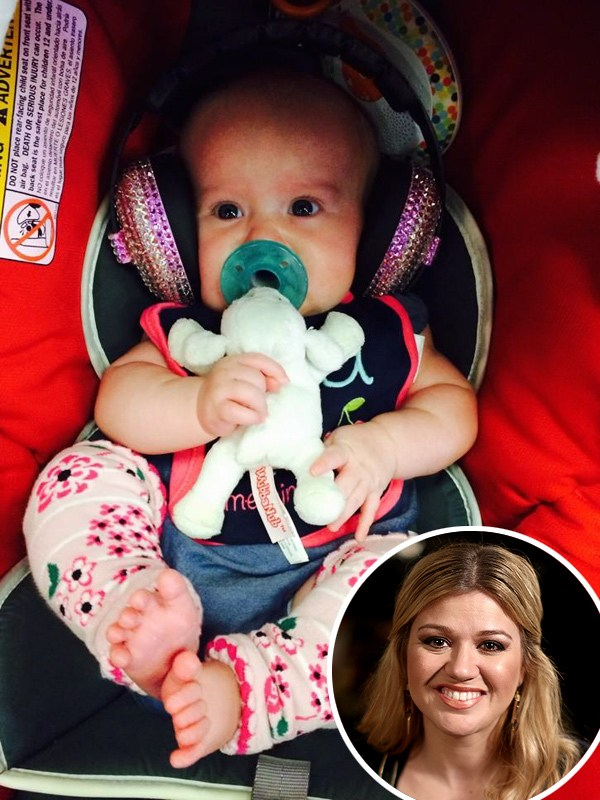 Kelly Clarkson River Rose First Concert
