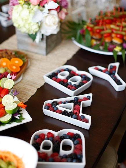 LETTER FOOD TRAYS