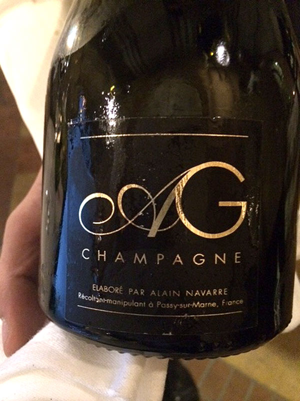 Clooney Champagne